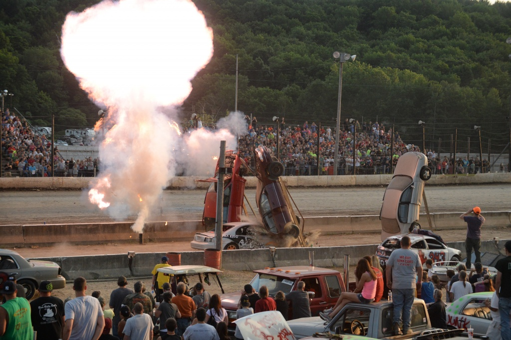 Eve of Destruction 2014 at Lebanon Valley Speedway